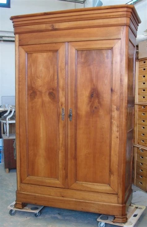 ikea armoire bureau aménagement d 39 une armoire ancienneart 39 ébèn