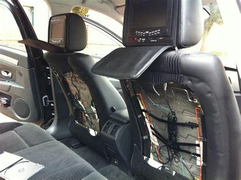 dehousser siege auto installation d 39 appui têtes avec dvd intégrés