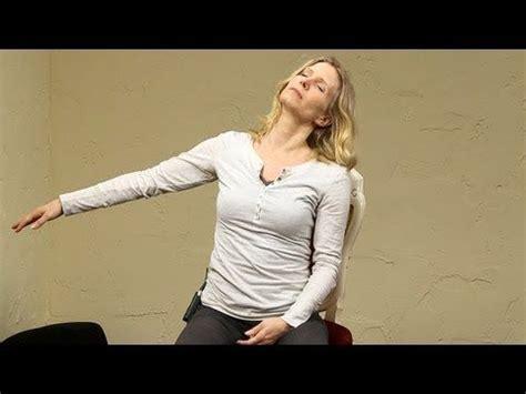 yoga at your desk 21 best images about mind b dy spirit vide on pinterest