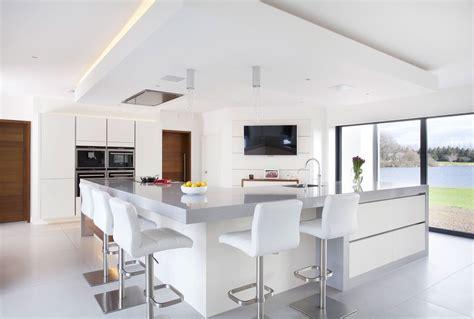 pin  nadir   hampton road kitchen solid wood kitchens magnolia kitchen