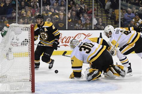 Watch nhl ice hockey action as bruins takes on penguins. RECAP: Bruins Get Black Friday Benefit Over Penguins ...