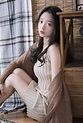 唇彩妖媚清纯美少女裸色背心短裤白嫩肌肤性感私房照 - 591MM美女图片