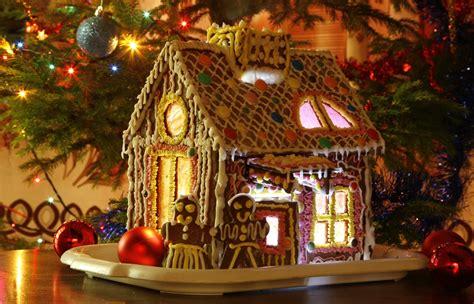 Gingerbread House By Xelyn114 On Deviantart