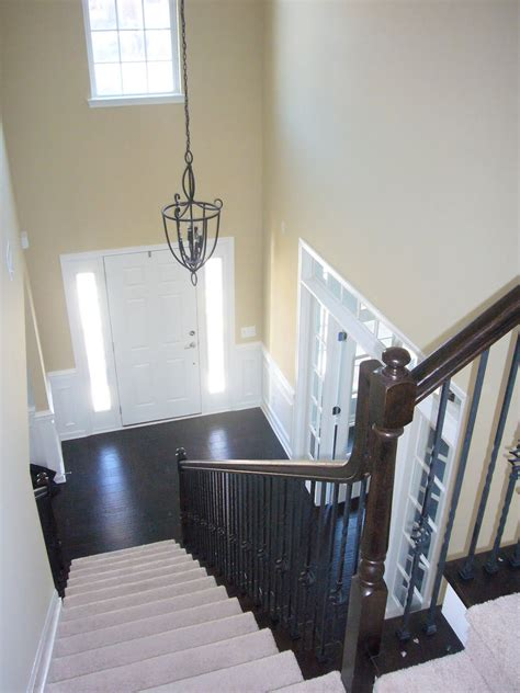 a color specialist in charlotte color advice for foyers
