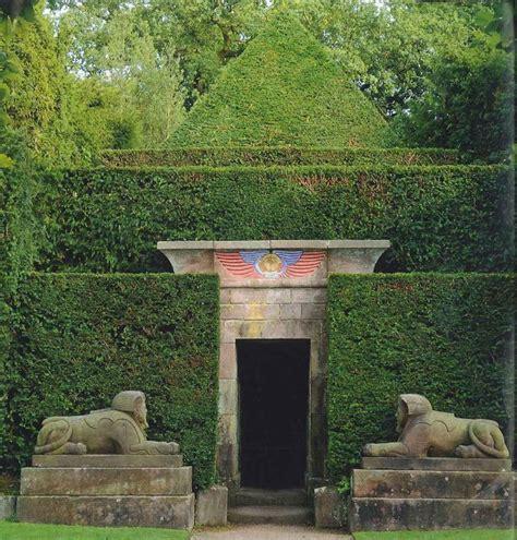 images  garden statuary  pinterest hedges
