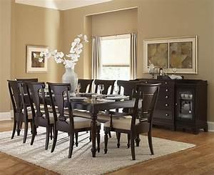 casual dinign room