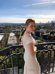 Sadie Sink Wears Chanel to the SAG Awards InStyle com