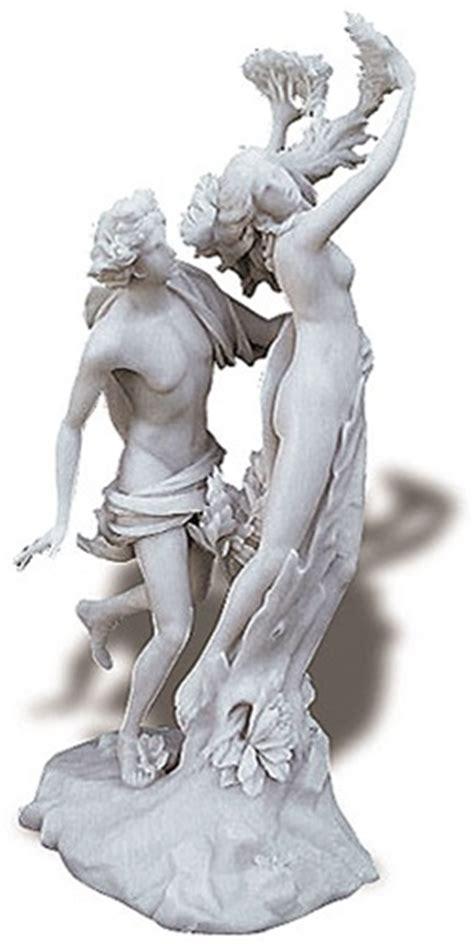 apollo  daphne sculpture  bernini daphne turning