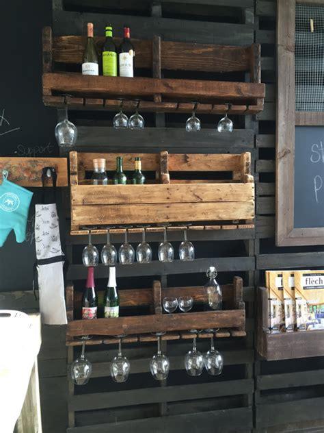 meuble cuisine en palette l 39 entreprise montréalaise style palette transformer des