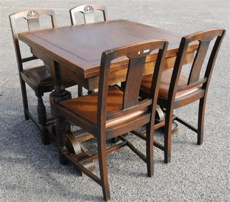 draw leaf table and four chairs dining suites antique