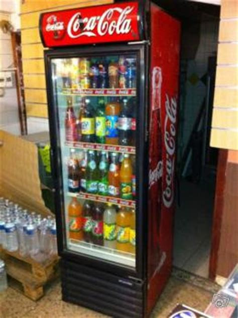 vitrine coca cola gratuit vitrine 224 boisson occasion