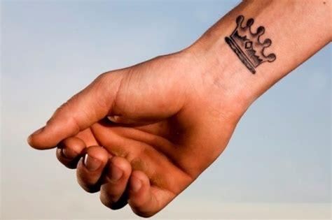 Tatuaggio Sul Polso Interno by Tatuaggi Sul Polso Da Uomo Foto 22 32 Gaytv