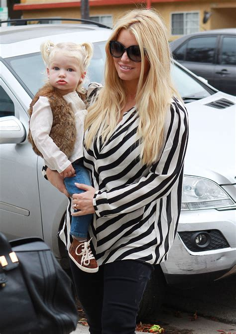 Jessica Simpson Held Her Daughter Maxwell While Walking