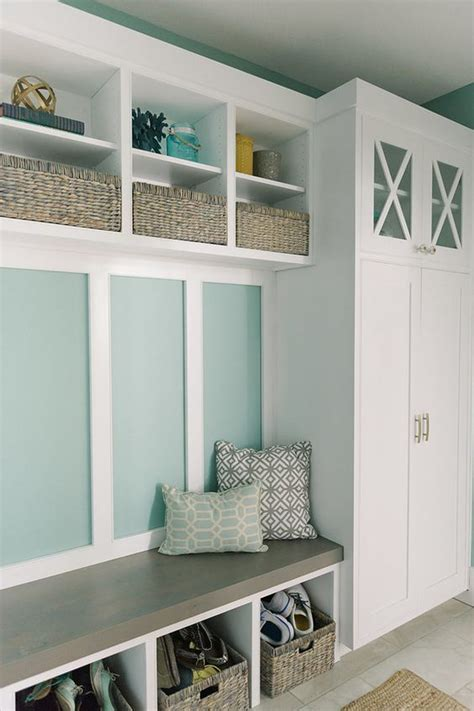 Foyer Storage Ideas by 32 Small Mudroom And Entryway Storage Ideas Shelterness