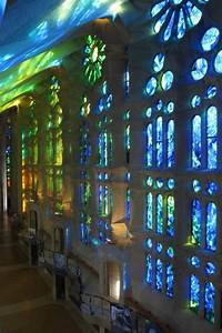The Sagrada Família's stained-glass windows: captivating ...