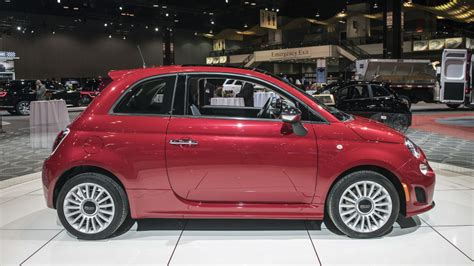 Fiat Adds Turbocharged Engines To Baselevel 500