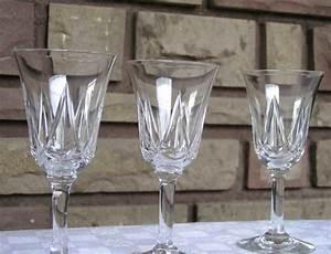 Service De Verre En Cristal : verres en cristal de saint louis service lasalle ~ Teatrodelosmanantiales.com Idées de Décoration