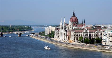 day trip  vienna budapest  prague rick steves