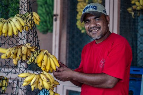 General Shots: Marshall Islands | Man selling bananas in ...