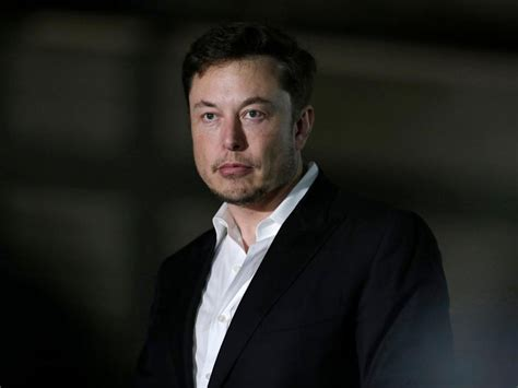 Elon Musk's Mom Gushing Over Her Son on Twitter Comes at a ...