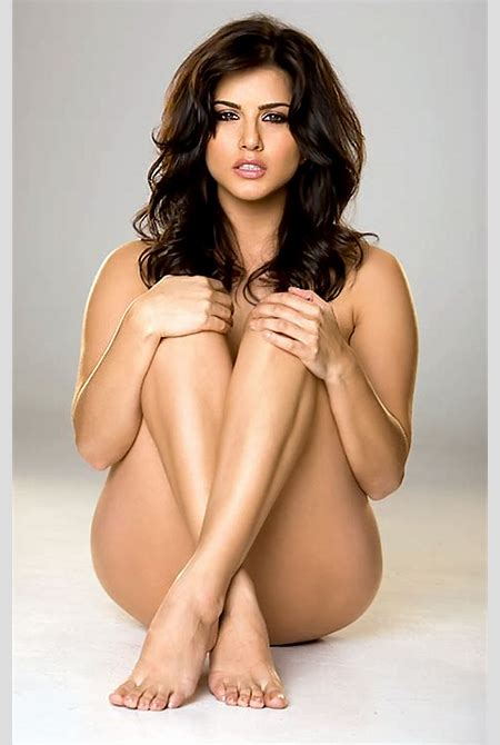 Hollywood Actress Images: Sunny Leone Latest HD Wallpapers
