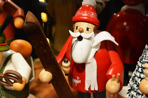 classic gifts   german christmas markets