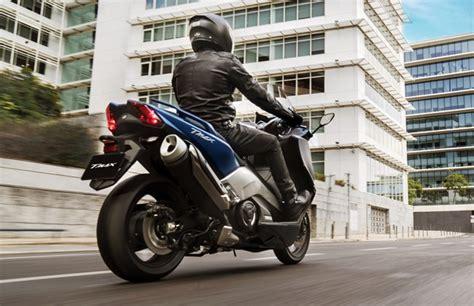 Gambar Motor Yamaha Tmax Dx by Yamaha Tmax Generasi Terbaru Mulai Dipasarkan Maret 2017 Oto