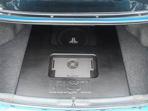 Nice Custom Jl Sub Box With Pheonix Gold Amp For 92