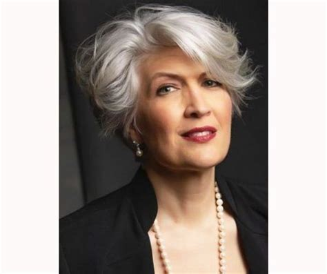 25 Gorgeous Short Hairstyles For Women Over 50 Fabbon