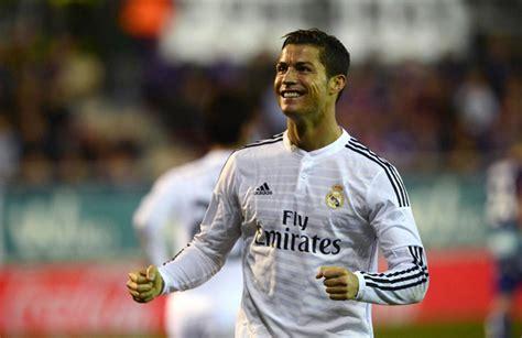 Top 10 Incredible World Records Of Cristiano Ronaldo ...