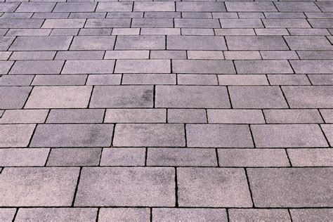 White Paving Stones by How To Choose The Best Type Of Paving Stones For Your