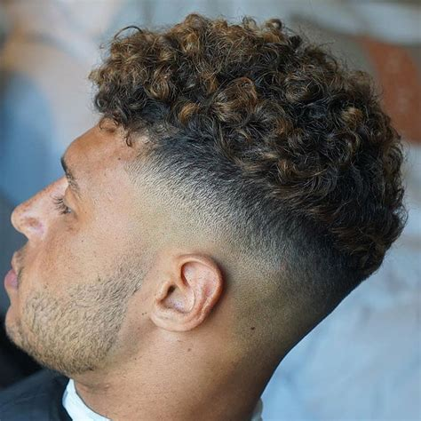 Curly Hairstyles For Boys by 7 Sexiest S Curly Hairstyles