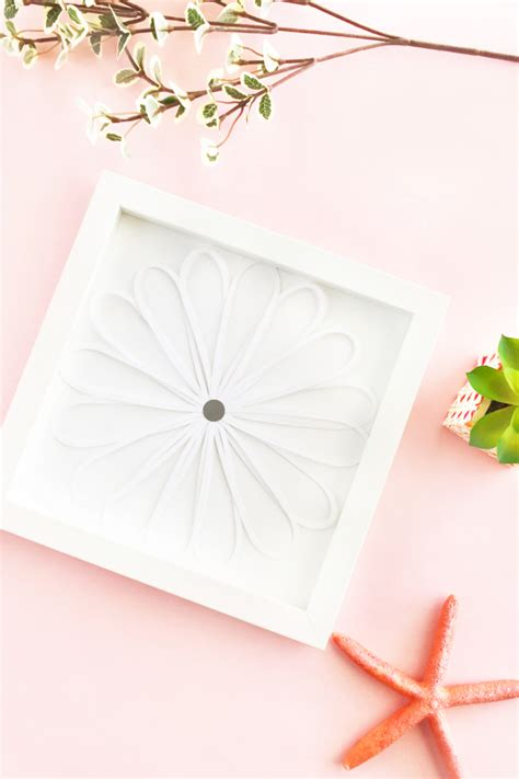 In this awesome paper flower wall hanging by kalakar supriya on youtube, you will learn this easy this paper wall hanging is so simple to make and the results are phenomenal. Easy DIY Paper Flower Wall Art For Your Home on Maritza Lisa
