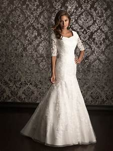 Lace wedding dress with 3 per 4 sleeves ipunya for 3 4 sleeve lace wedding dress