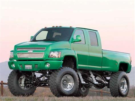 2006 Chevy Kodiak 4500  Custom Truck  Truckin' Magazine