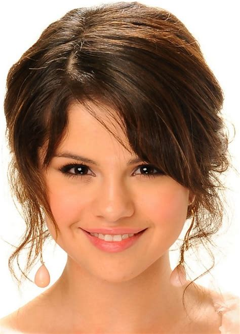 Selena Gomez Updo Hairstyles by Top 26 Selena Gomez Hair Looks Pretty Designs