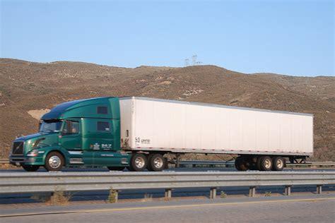 volvo 18 wheeler trucks volvo big rig truck 18 wheeler a photo on flickriver