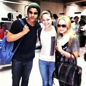 'Glee' cast members now in Manila