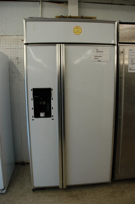 appliance direct video blog ge monogram  built  side  side refrigerator  dispenser