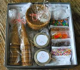 date basket ideas 35 creative diy gift basket ideas for this hative