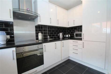 hanbury home improvements   feedback kitchen