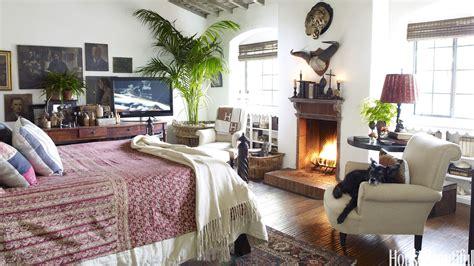 Cozy Bedroom Ideas by 25 Cozy Bedroom Ideas How To Make Your Bedroom Feel Cozy