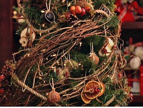 christmas tree decorations natural christmas decorating
