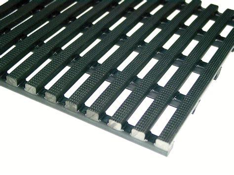 configurer pc de bureau tapis de sol plastique 28 images tapis de tapis de