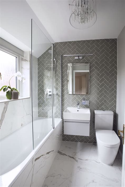 small bathroom doesnt    boring