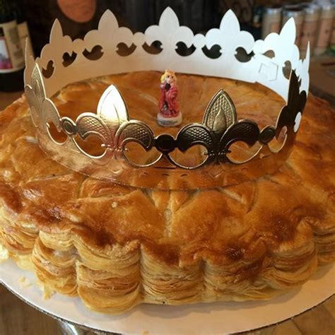 king cake galette des rois bb boulangerie bakery