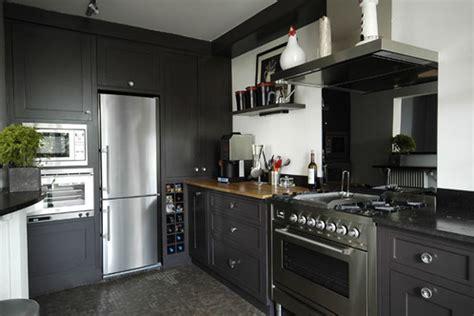 deco cuisine gris et noir cuisine noir mur gris
