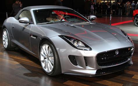 2014 Jaguar F-type First Look