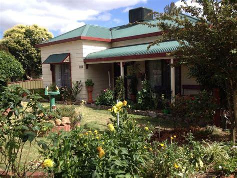 Templeton southwest insurance agency, inc. 120 Templeton St, Wangaratta VIC 3677 - House For Rent - $175   Domain