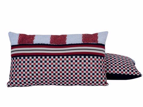coussin massant nature et decouverte coussin rectangulaire pour canap 233 domino collection nature et d 233 couverte by lelievre design jean